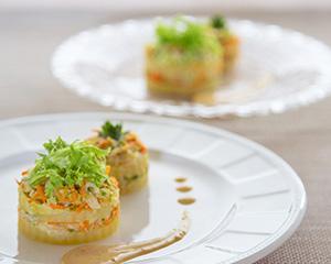 白菜のコールスローサラダ ミルフィーユ仕立て