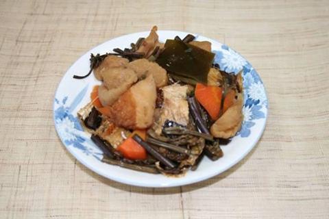 田植え煮物(凍み大根の煮物)