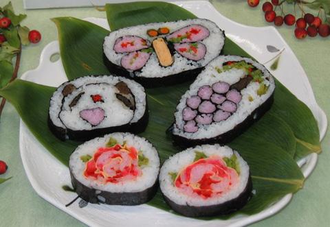 ぼたんこしょう入り飾り巻き寿司