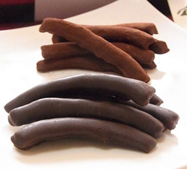 2月のおいしい部局長会議で銀座NAGANOで扱われているチョコレート2品が紹介されました!