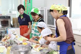 02-3 なめ茸工場見学H28データ(長野興農より)