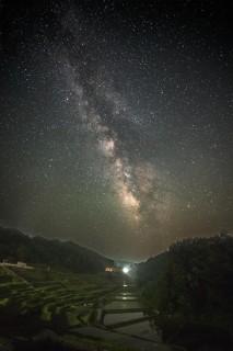 """幻想的な星空と""""よこね田んぼ"""""""